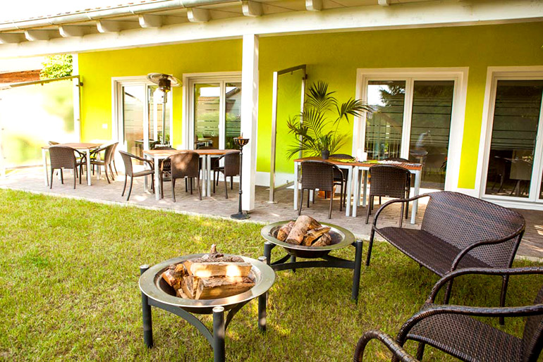 Seminarhaus Gruber Garten & Terrasse